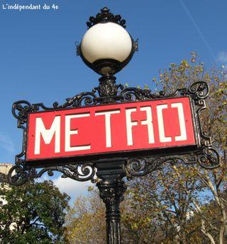Lindependantdu4e_panneau_metro_iena_IMG_7800