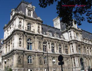 Lindependantdu4e_hotel_de_ville_rue_lobau_IMG_6968