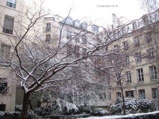 Lindependantdu4e_rue_des_barres_cerisier_neige_IMG_0593