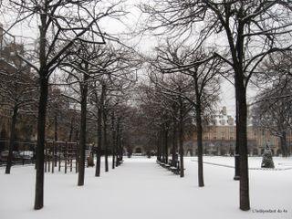Lindependantdu4e_place_des_vosges_neige_IMG_0676