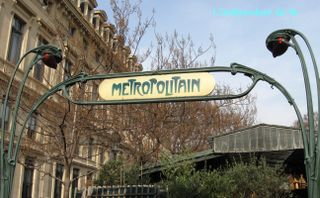 Lindepedantdu4e_metro_cite_IMG_1106
