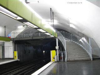 Lindependantdu4e_metro_chatelet_IMG_5582