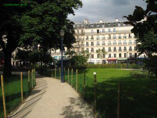 Lindepedantdu4e_square_saint_Jacques_IMG_6460
