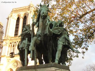 Lindependantdu4e_statue_de_charlemagne_IMG_7816