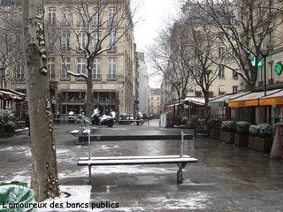 Lindependantdu4e_place_du_bourg_tibourg_IMG_0001