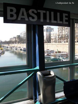 Lindependandu4e_metro_bastille_IMG_2032