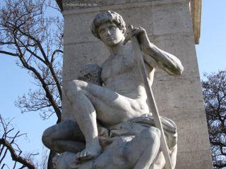 Lindependantdu4e_square_barye_IMG_1789