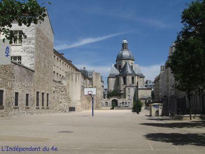 Lindependantdu4e_terrain_charlemagne_IMG_0612