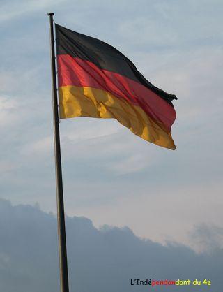Lindependantdu4e_drapeau_allemand_IMG_5952
