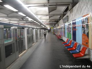 Lindependantdu4e_station_hotel_de_ville_IMG_6266