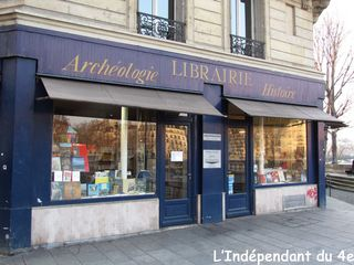 Lindependantdu4e_rue_jean_du_bellay_librairie_IMG_0867