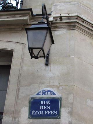 Lindependantdu4e_rue_des_ecouffes_01_IMG_3057