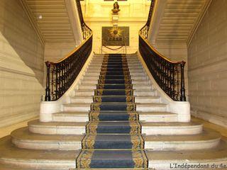 Lindependantdu4e_mairie_escalier_IMG_1569