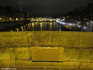 Lindependantdu4e_pont_marie_plaque_IMG_8900