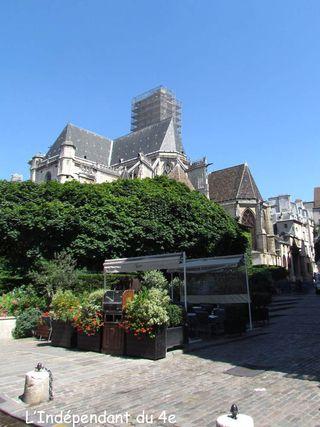 Lindependantdu4e_rue_hotel_de_ville_IMG_2626