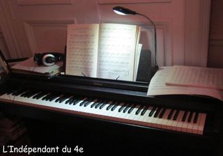 Lindependantdu4e_piano_IMG_8511