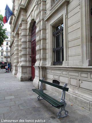 Lamoureuxdesbancspublics_paris_IMG_2543