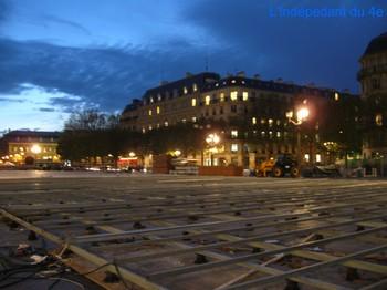 Lindependantdu4e_place_de_l_hotel_3